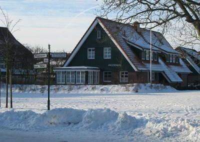 Angerhuus Außenansicht im Winter